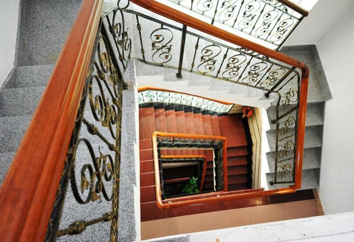 家和圆+楼梯的视觉也很美这就是别墅
