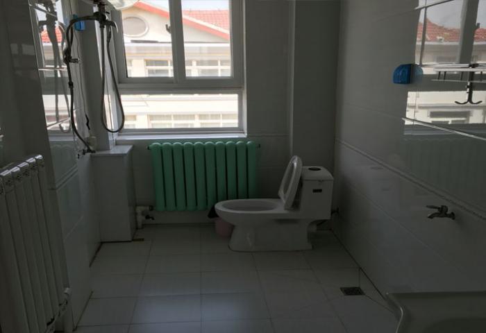 长岛家悦渔家客栈+海景三居室卫生间